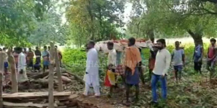 Odisha MLA Lends Shoulder To Mortal Remains Of Villager