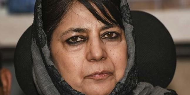 Mehbooba sends legal notice to Arnab
