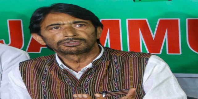Congress capable of defeating communal forces, says Mir