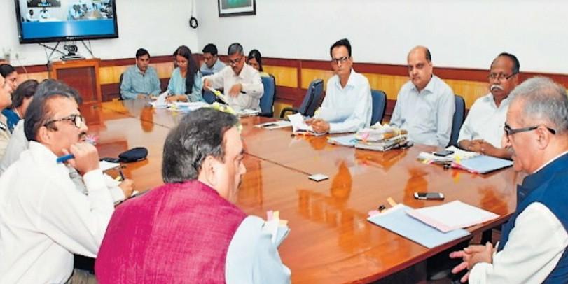 मेट्रो योजनाओं पर सरकार की तेजी, सीएस ने की समीक्षा