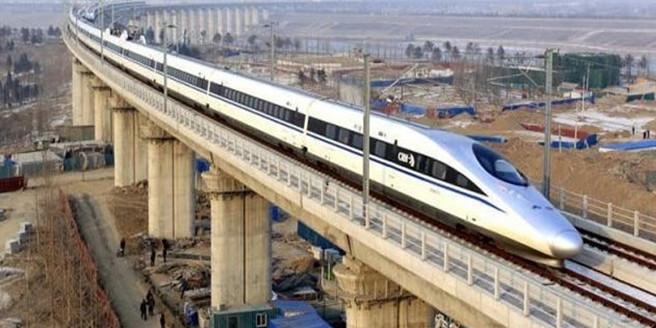 प्रधानमंत्री मोदी के बुलेट ट्रेन के सपने पर 'आम' और 'चीकू' ने लगाया ब्रेक