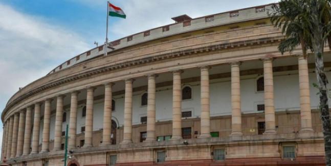 कई बिल पास कराने के लिए सत्र बढ़ाने का फैसला, 7 अगस्त तक चलेगी संसद