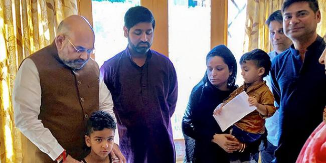 कश्मीर पर अमित शाह की 'अटल' पॉलिसी, इन दो रास्तों पर चल कर होगी नई सुबह