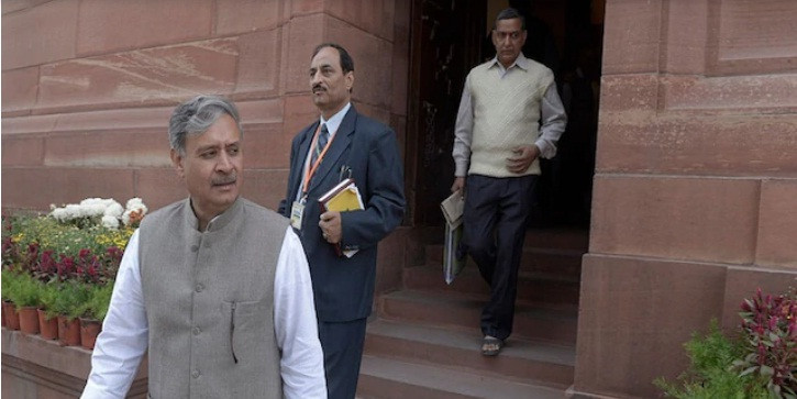 केंद्रीय मंत्री राव इंद्रजीत बेटी के लिए चाहते हैं टिकट, चल सकते हैं ये दांव