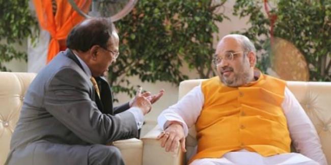 कश्मीर में हलचल: शाह, डोभाल के मन में क्या?