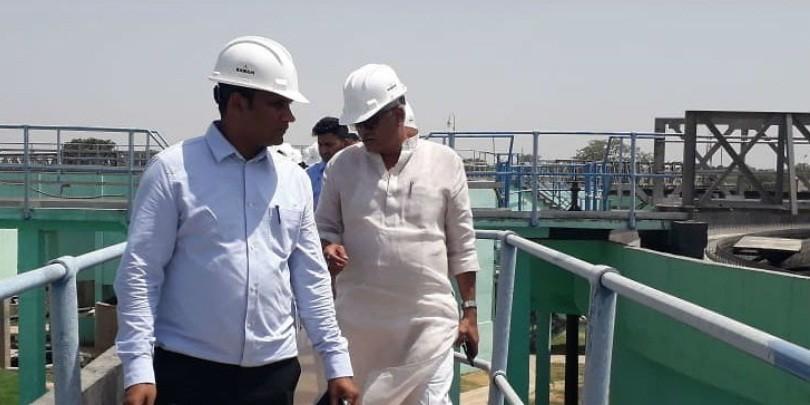 केंद्रीय मंत्री गजेंद्र शेखावत ने ट्रीटमेंट प्लांट का किया निरीक्षण, कहा - गंगा का पानी आचमन योग्य बनाना ही लक्ष्य