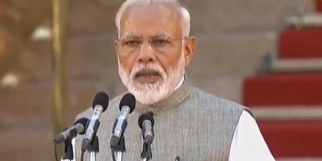 नरेंद्र मोदी ने 57 मंत्रियों संग ली शपथ, जानें मंत्रिमंडल में कौन-कौन