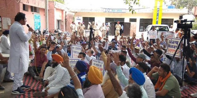 Protests as colleges refuse admission to SCs