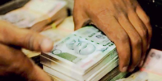 विकास पर पैसे खर्च करने में विधायक व विधान पार्षद सुस्त