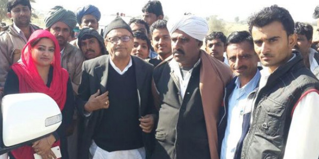 कांग्रेस विधायक अमीन खान की विवादित टिप्पणी से नाराज हुए लोक कलाकार !