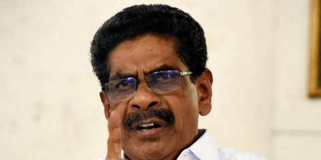 Mullappally urges Guv to dismiss chairman, members