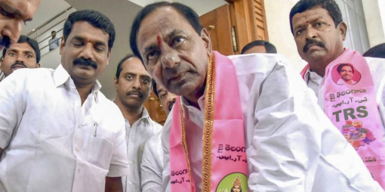 KCR to Meet PM Modi to Discuss National Status to Kaleshwaram Project