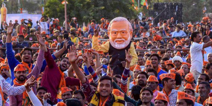ये पांच कदम उठाकर मोदी सरकार हिंदी की ताकत और बढ़ा सकती है