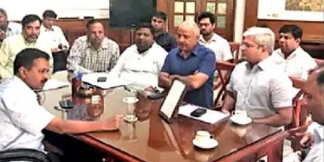 CCTV, मोहल्ला क्लिनिक, नई बसें..., CM बोले- जल्द पूरे करें अधूरे काम