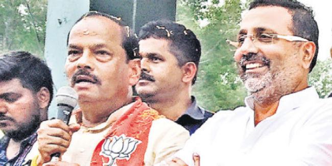 झारखंड को कांग्रेस व झामुमो ने लूटा : रघुवर