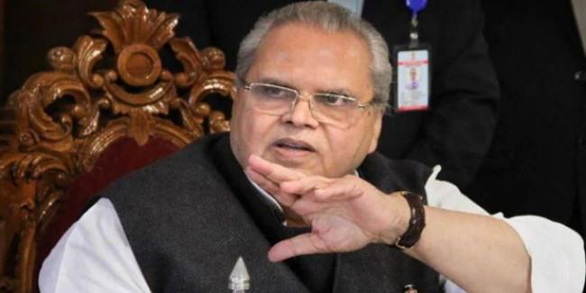 'कश्मीर का हाल दिखाने राहुल को भेजेंगे प्लेन'
