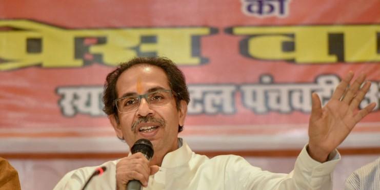 Uddhav warns Insurance Firms of Sena-style agitation as Party focuses on farmers ahead of Maharashtra Polls