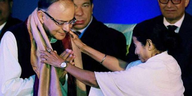 पश्चिम बंगाल की मुख्यमंत्री ममता बनर्जी ने अरुण जेटली के निधन पर जताया शोक