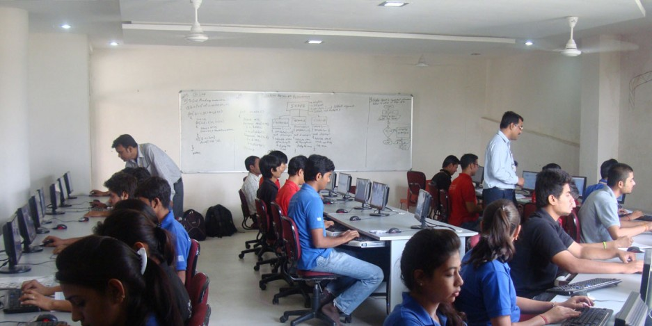 Gujarat govt sets up call centre with realtime tech to keep an eye on its school teachers