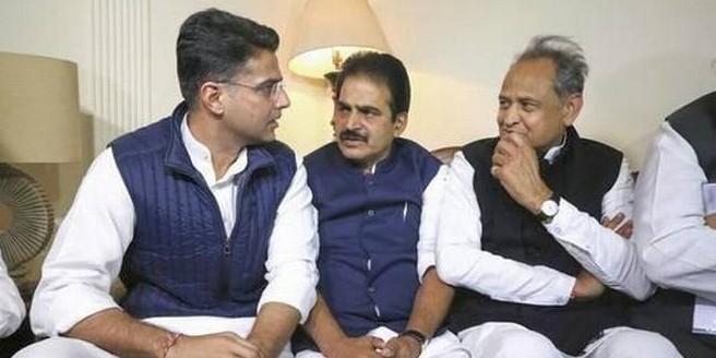 अशोक गहलोत से नहीं मिले राहुल गांधी, राजस्थान में नेतृत्व परिवर्तन के संकेत?