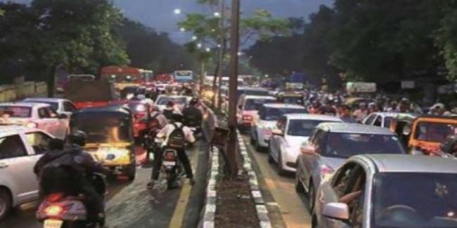 चंडीगढ़ को ट्रैफिक के दबाव से बचाने को संसद में उठी आवाज, सांसद बोलीं- रिंग रोड बनने चाहिएं