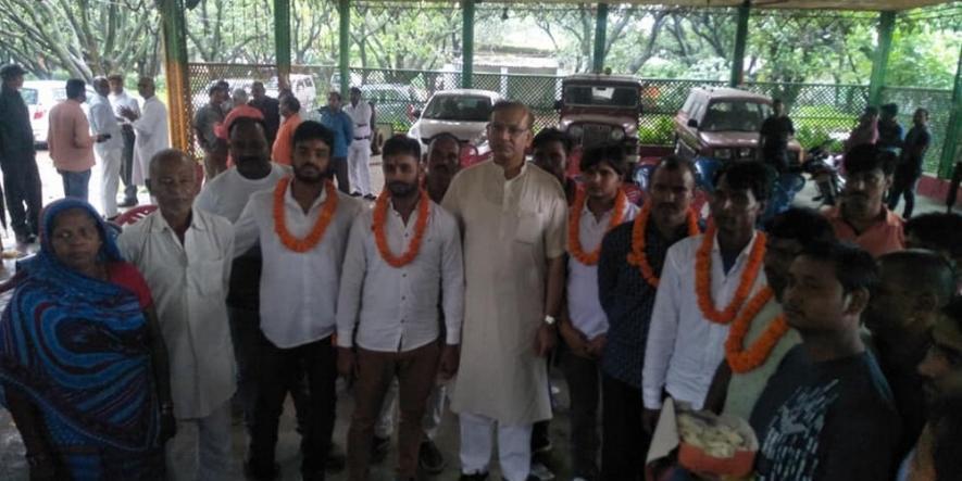 आरोपियों के स्वागत पर जयंत सिन्हा दी सफाई, कहा- किए पर खेद व्यक्त करता हूं