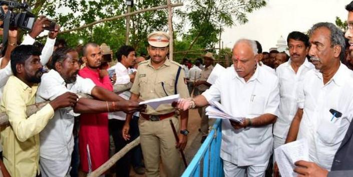 CM pulls up officials over lack of development