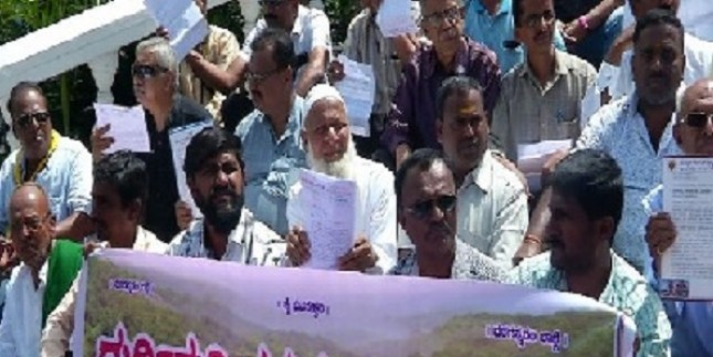 Activists in Karnataka's Shivamogga protest plan to divert water from Sharavathi river to Bengaluru