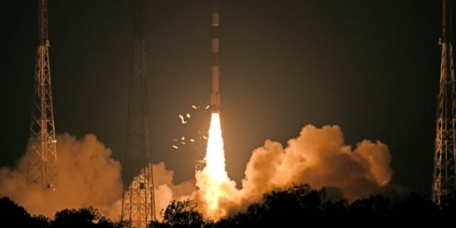 भारत दूसरी बार रखेगा चांद पर कदम, ISRO के चंद्रयान-2 की तस्वीरें जारी