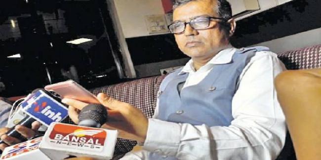 कांग्रेस सरकार गिराने की साजिश कर रहा है फिरोज सिद्दीकी