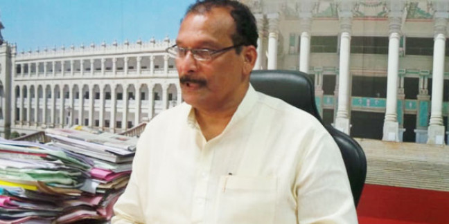 Merger of banks is an attempt to benefit Capitalists: Ivan D'Souza
