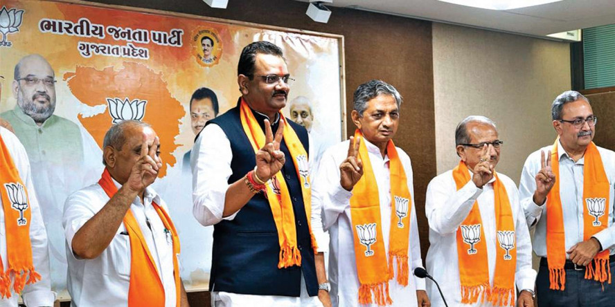 Gujarat: Congress turncoats to help BJP fight public anger
