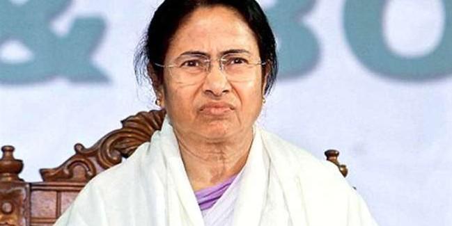 ममता बनर्जी ने सत्तापक्ष व विपक्ष के पिछड़ी जाति से आने वाले विधायक के साथ बैठक की