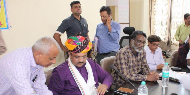 आमजन को दें सरकारी योजनाओं का लाभ : चिकित्सा मंत्री रघु शर्मा