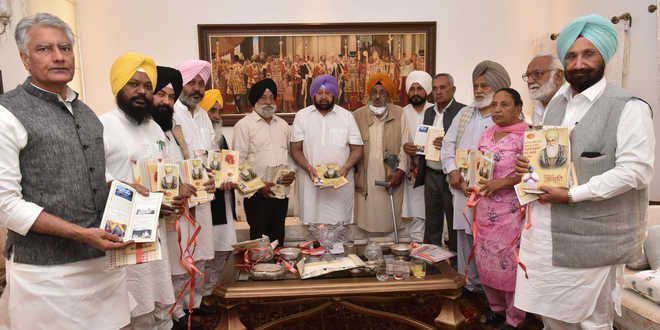 At all-party meeting, leaders pledge joint celebrations