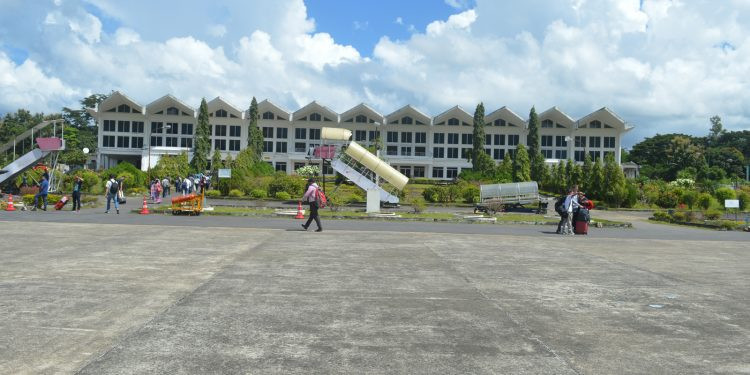 Mizoram CM urges Centre to revamp Lengpui airport