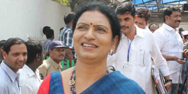 Leaders leaving Congress voluntarily: D K Aruna