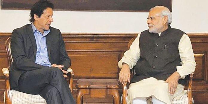 अचानक दिल्ली पहुंचे पाकिस्तान के विदेश सचिव, मोदी-इमरान की मुलाकात की अटकलें तेज