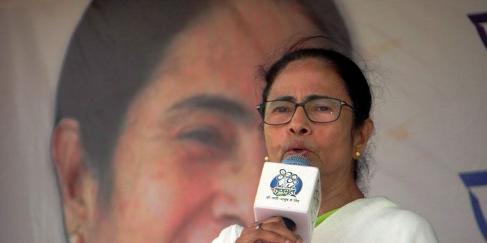 Mamata Banerjee Asks EC to Ensure Peaceful And Impartial Voting in West Bengal Without BJP's Interference