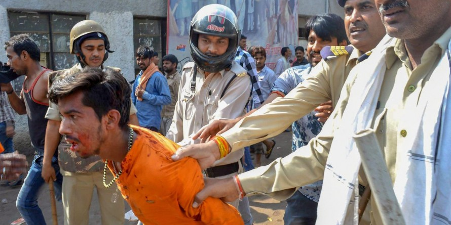 Protests over Jharkhand lynching leads to tension, stone pelting in Agra