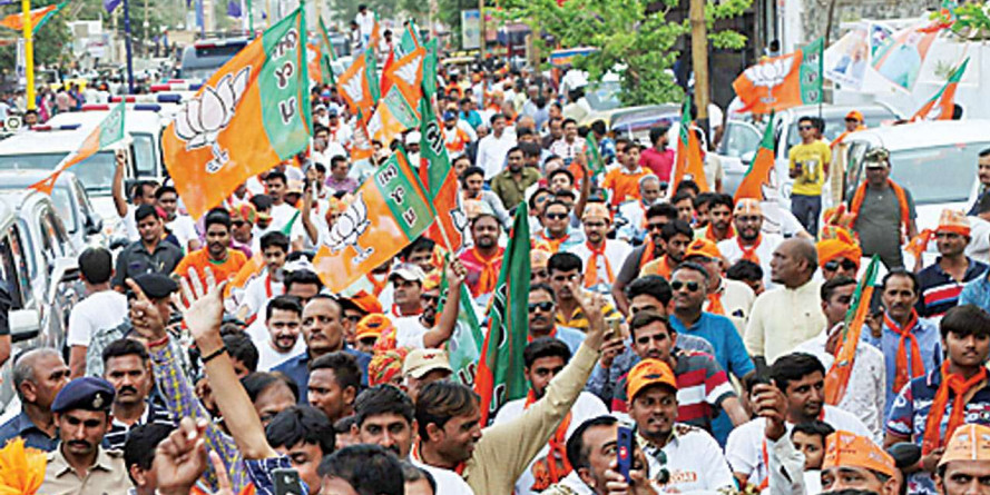 Rs 15 for vada pav, Rs 15,000 for chariot: Election Commission fixes spend on nominee rallies