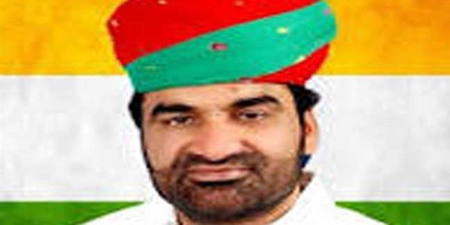 हनुमान बेनीवाल ने कहा- राहुल गांधी व अशोक गहलोत ने सरकार में मंत्री बनने का प्रस्ताव दिया था
