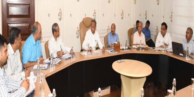 मुख्यमंत्री ने दिए निर्देश, बजट घोषणाओं की होगी नियमित समीक्षा