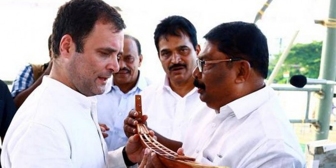 Rahul spares LDF, hits out at 'Modi's misrule'