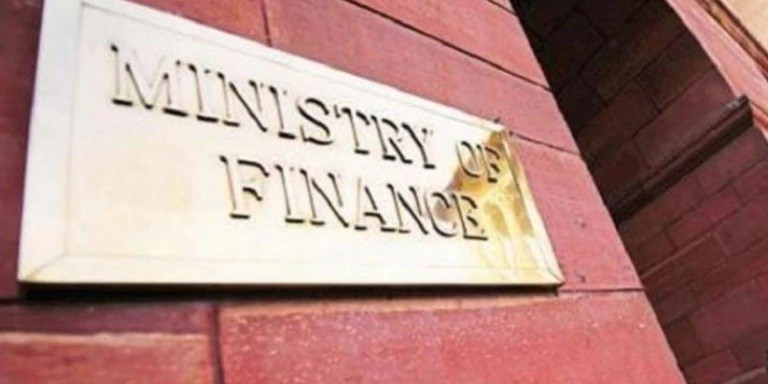 Finance Ministry quarantine: Journalist with valid IDs refused entry