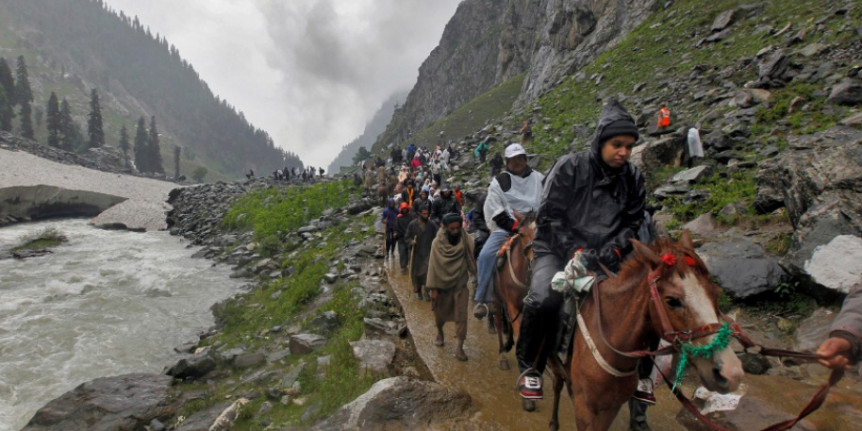 Amarnath Yatra Curtailed After Army Reveals Terror Threat, Pilgrims Advised to Leave J&K Immediately