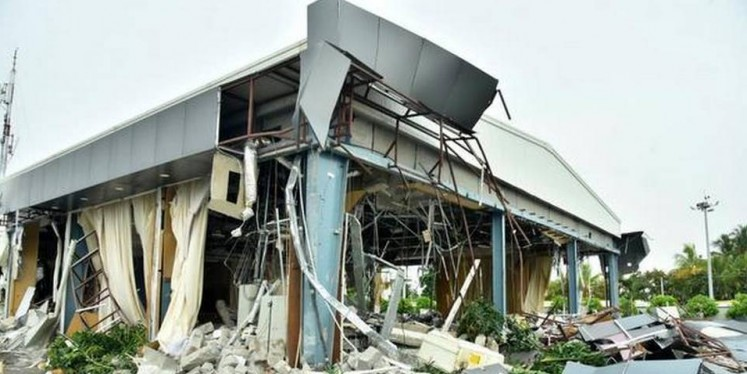Praja Vedika demolished amid tight security