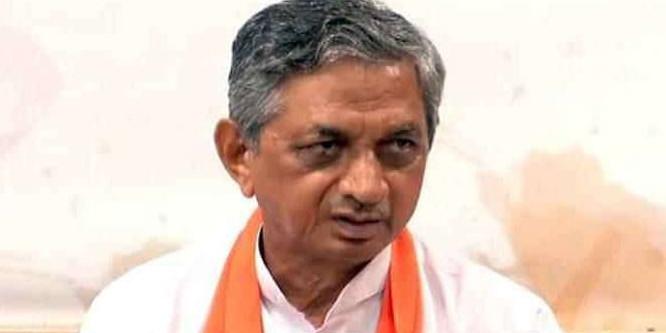 पांच बार कांग्रेस के टिकट पर MLA रहे कुंवरजी बावलिया के 'खेल' से BJP ने गुजरात में लगाया शतक
