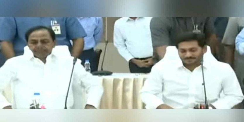 Chief Ministers of the Telugu states team up to solve water issues together