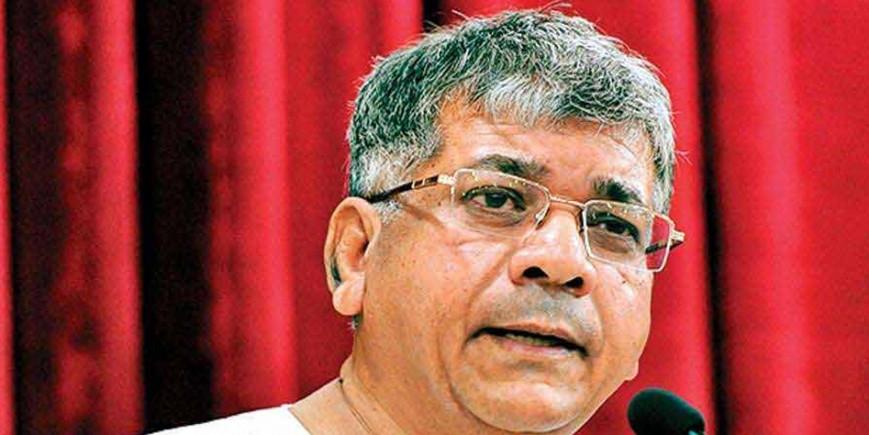 प्रकाश आंबेडकर ने कांग्रेस को ऑफर की 144 सीटें, बोले - '31 अगस्त तक बता दें अपना फैसला'